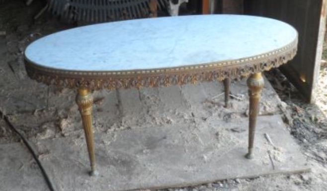 table en marbre d'origine